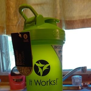 BRAND NEW.  ItWorks Blender Bottle.